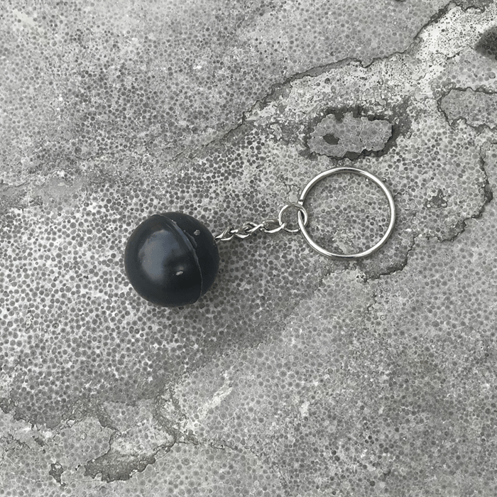 Black Cracklingball - Keyring